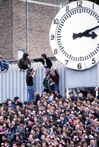 highbury-clock-end